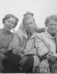 1950 - Elli, Niilo, and Maija